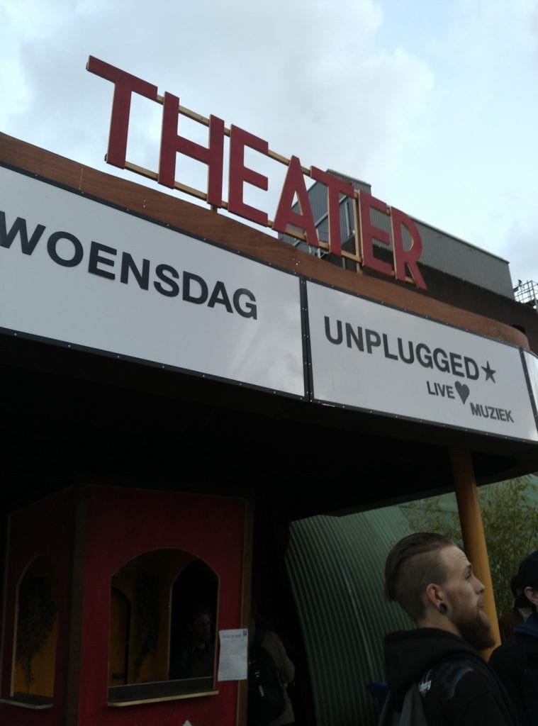 Unplugged in de Buurt